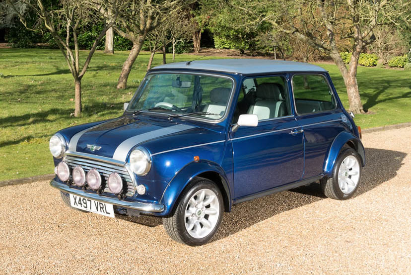 Image of a Mini Cooper 2000
